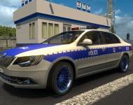 Skoda Superb - полиция