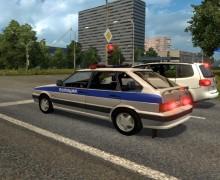 Полицейские машины в Беларуси и России