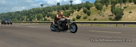 Пак мотоциклов в трафик